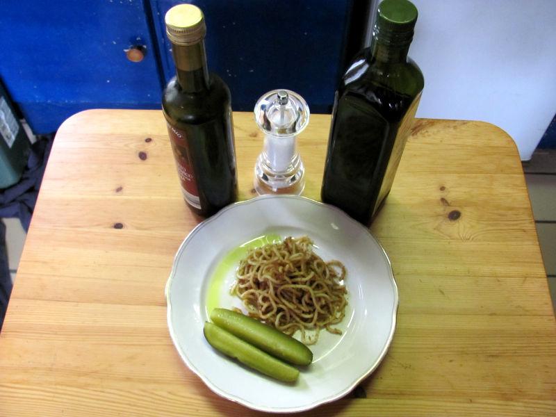 Spaghetti mit gerösteter Semmelkrume