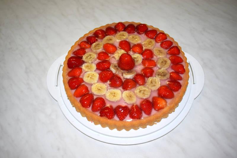 Erdbeere Bananen auf Pudding Kuchen